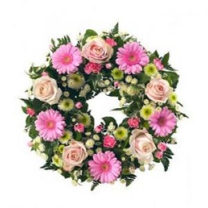 classic pink round wreath
