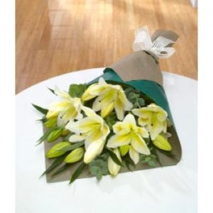 simply lilies white bouquet